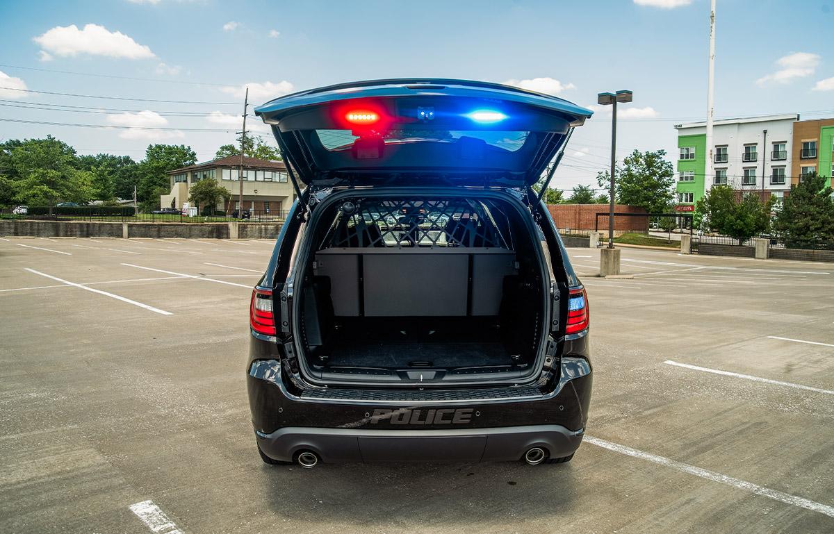 2019 dodge durango blackout pursuit package trunk open 2
