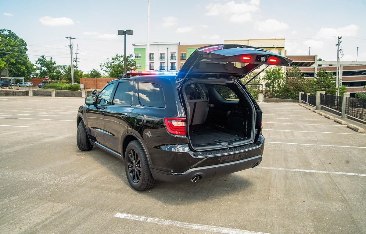 2019 dodge durango blackout pursuit package trunk open